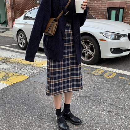 Maternity Clothing  Autumn and Winter Plaid Slim Long Skirt