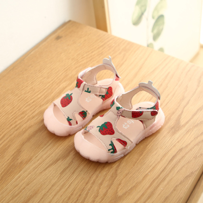 Kids Sweet Soft Bottom Baotou Strawberry Sandals
